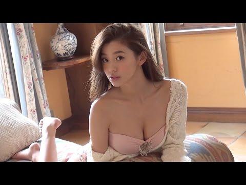 朝比奈彩 ヤンマガオフショットムービー