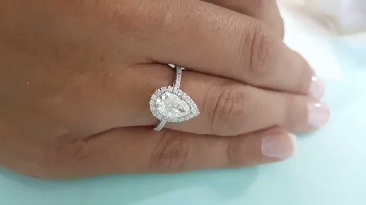 1 Carat Pear Shape Diamond Halo Ring For Engagement F Vs2