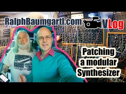 How to patch a modular analog Synthesizer in an unconventional way!