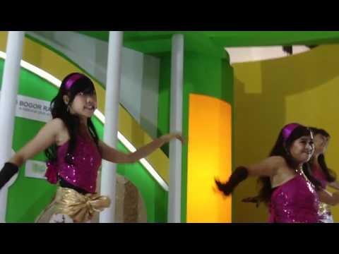 Download Video Mesum Luna Maya dan Ariel Peterpan