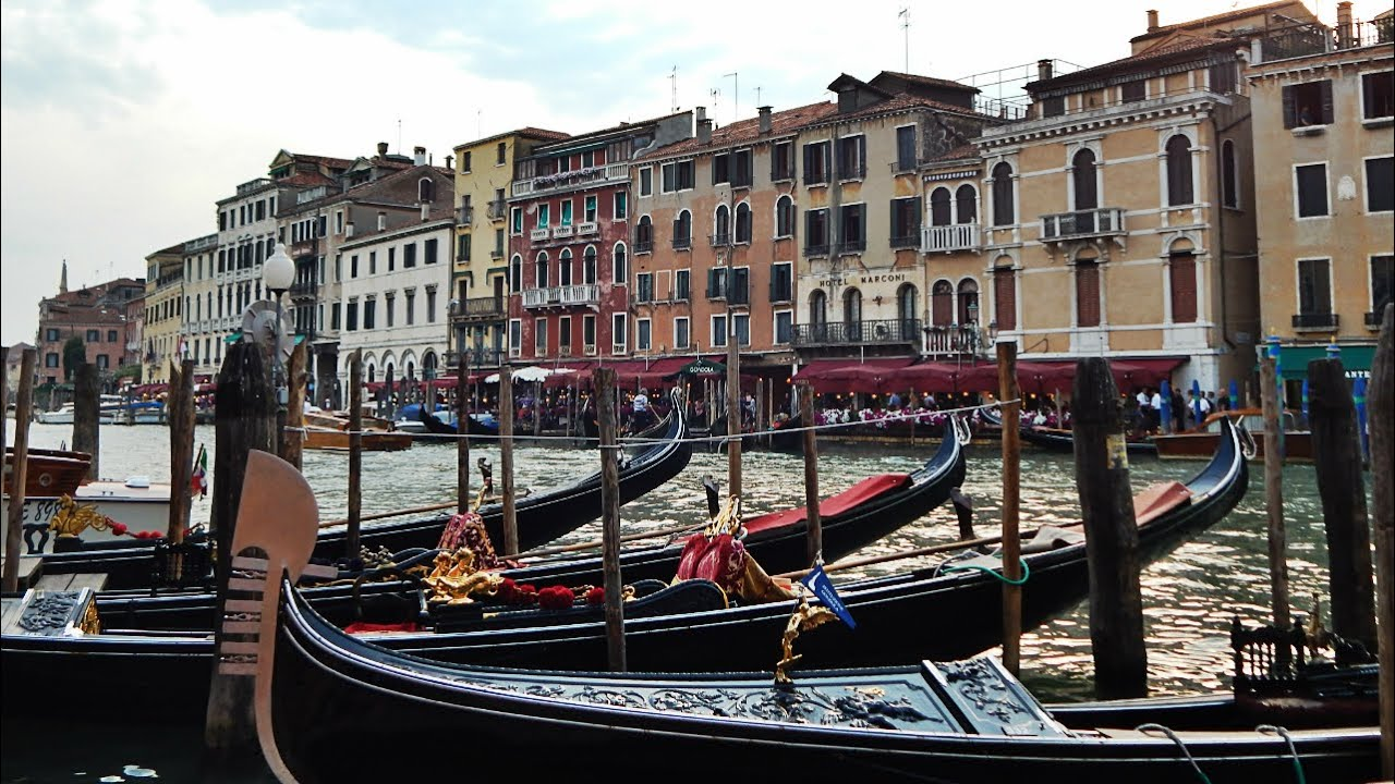 4 Fascinating Facts About Venice! - YouTube