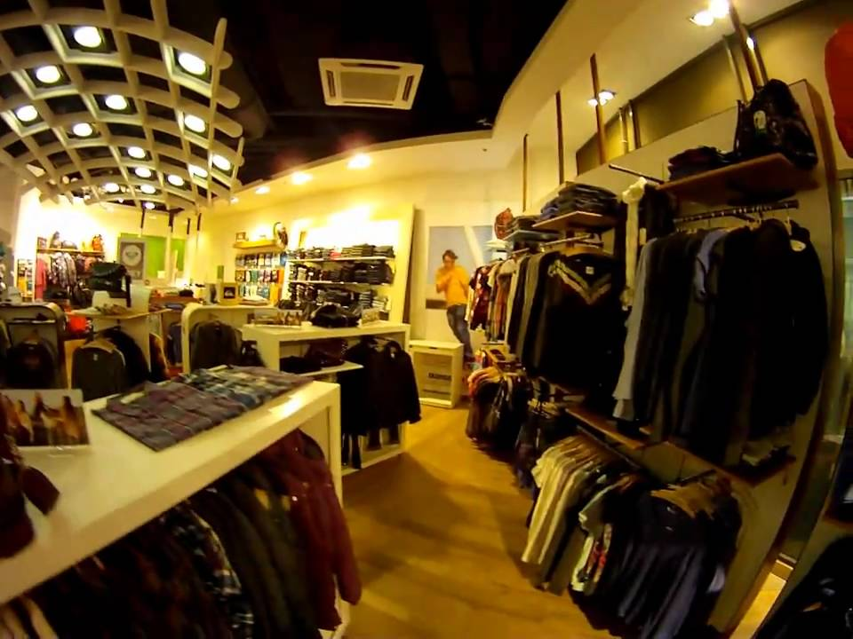 QUIKSILVER SHOP v OC Forum v Ústí nad Labem - YouTube 40bdfde96f