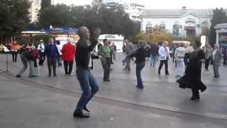 Цыганочка с выходом... с перепоя! Ялта. Крым | The dance - Gypsy girl... with booze! Yalta. Crimea