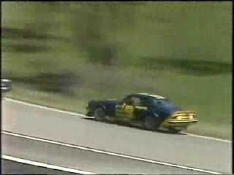 Bathurst 1981- Kevin Bartlett (Chev Camaro) / Dick Johnson (XD Ford Falcon)
