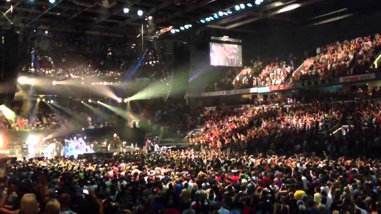 Pearl Jam Alive London On 7 16 2013 Budweiser Gardens Arena Youtube