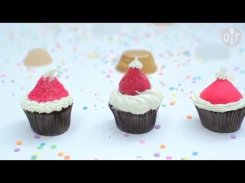 Cupcakes als Nikolausmütze verzieren