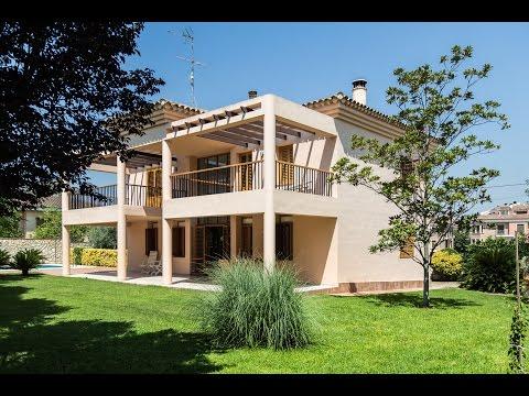 Beautiful villa with pool for sale in La Eliana, Valencia / Ref: LFV1501