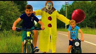 """КЛОУН из ФИЛЬМА """"ОНО"""" в реальной жизни! Дети встречают ПЕННИВАЙЗА! Pennywise Clown"""