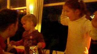Dansend op tafel in voetbalkantine vsc