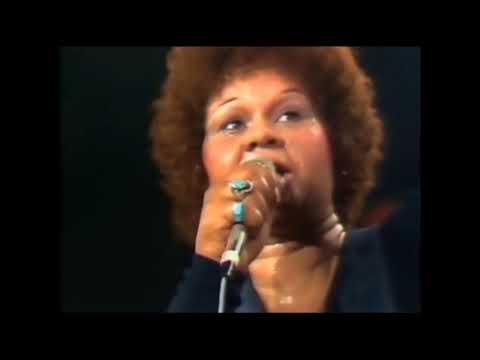 Etta James  –  W-O-M-A-N  –  Live in Montreux 1975