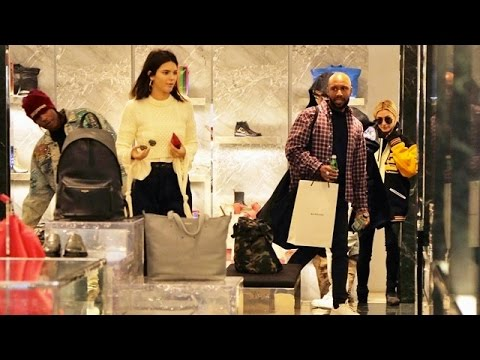 Kendall Jenner's NYC Shopping Spree With Bella Hadid And Hailey Baldwin