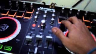 NUMARK - MIX TRACK PRO 2 VIDEO DEMO SAMPLEANDO BASE DJ DEXTER RJ