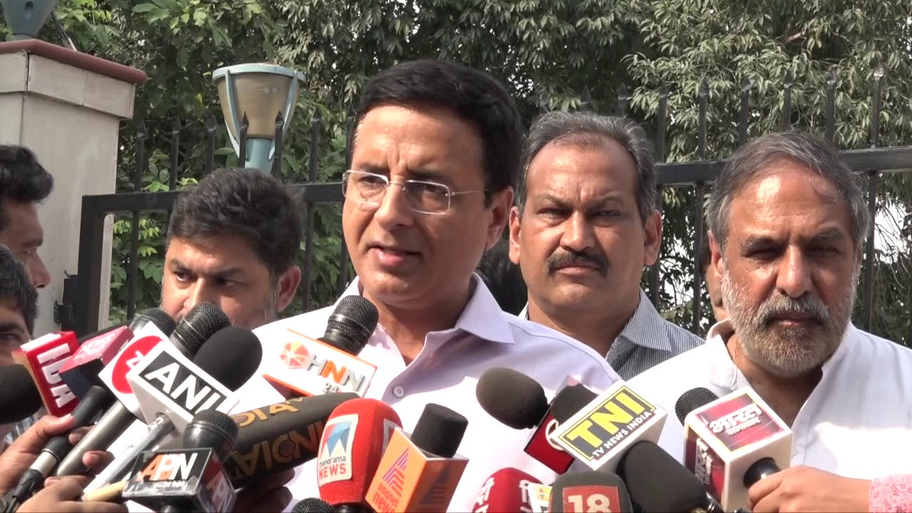 Rafale Scam: Randeep Singh Surjewala addresses media after meeting of Congress delegation with CAG