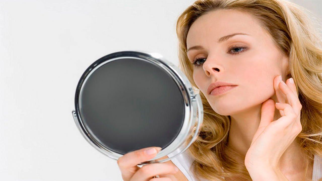 участники участницы в зеркало смотрит н молодая женщина фото действительно