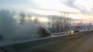 ДТП (авария) на трассе Абакан- Минусинск 14.11.2015(, 2015-11-15T06:19:07.000Z)