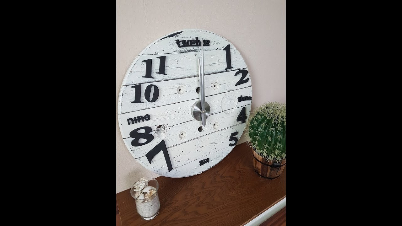 upcycling diy kabeltrommel uhr im shabby chic look uhr selber machen m bel selber machen youtube. Black Bedroom Furniture Sets. Home Design Ideas