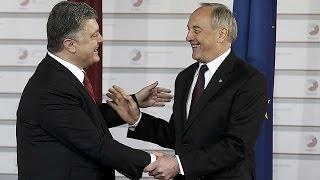 شبح روسيا يخيم على قمة الشراكة الشرقية في ريغا   22-5-2015