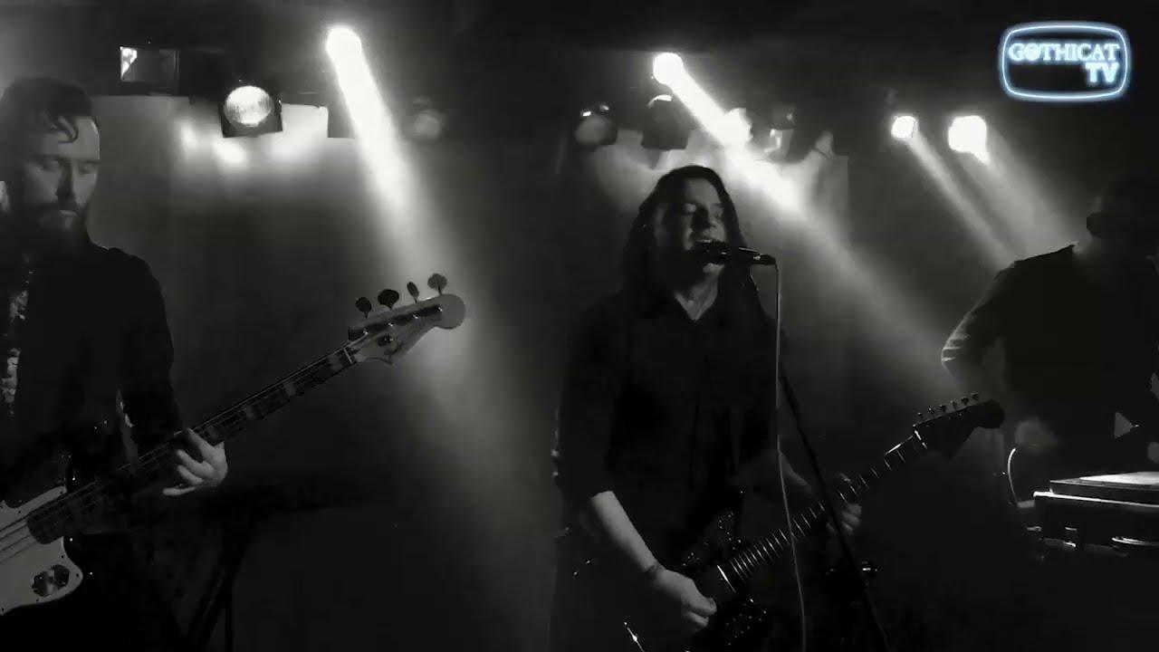 "undertheskin perform ""BURN"" at Gothicat Festival #4"