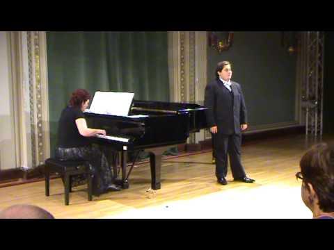 A romanian tenor at the National Opera of Bucharest (Romania) - Masterclass Marina Krilovici
