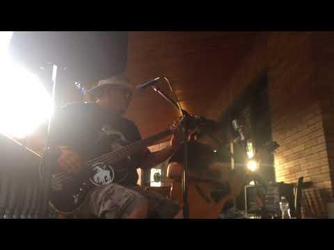 Iron Eyes Unplugged performs Imagine by John Lennon