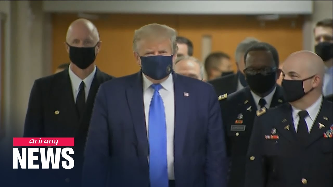 Trump wears a mask during visit to wounded service members at ...