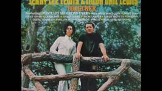 jerry lee lewis end linda gail lewis we in two different wor