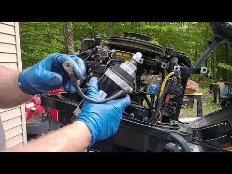 DYI 50 hp Mercury outboard two stroke starter repair