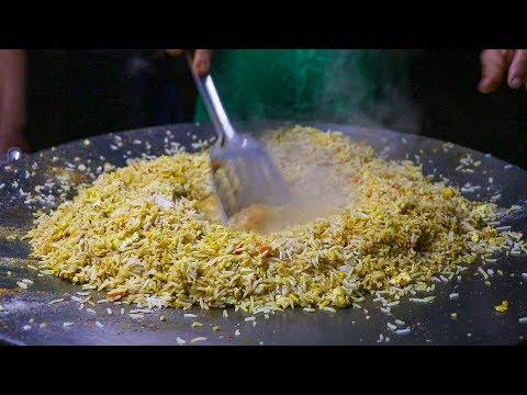 FAMOUS EGG PULAO/EGG FRIED RICE of Jyoti Omelette Center | Egg Street Food In India