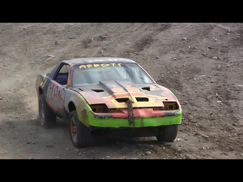 2016 Musgrave Harbour Demolition Derby - Big Car Heat