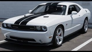 Dodge Challenger SRT8 392 Start Up, Exhaust and Overview