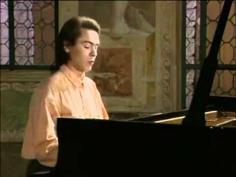 Bach Prelude Ivo Pogorelich.wmv