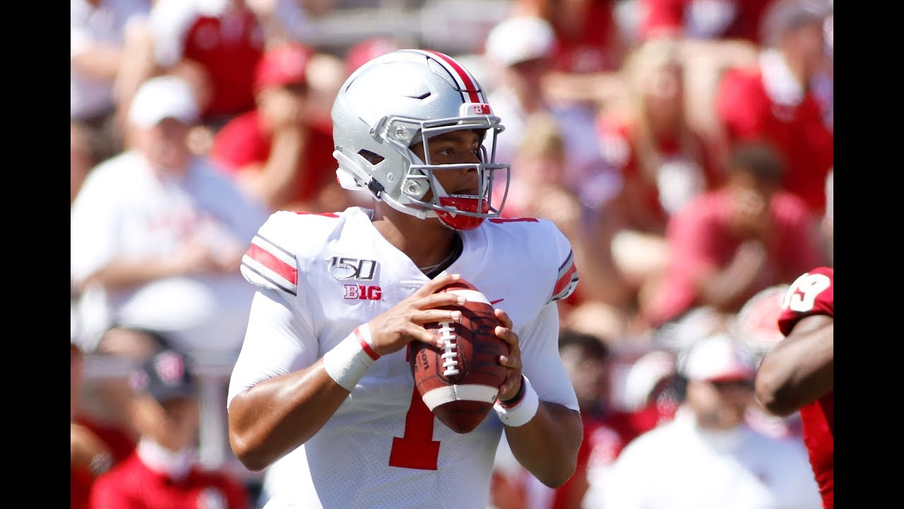 Justin Fields Throws 6 TDS In ONE QUARTER For Ohio State