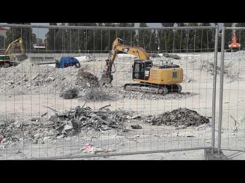 MILANO Demolizione Finale EX AUCHAN Di  CINISELLO BALSAMO, Ditta DESPE S.p.a