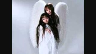 04. Llewellyn & Juliana - Girl With No Name.wmv