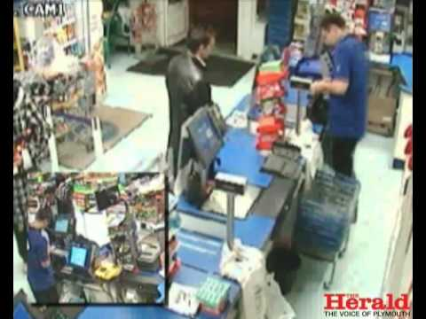 Con artists dupe Plymouth shop staff out of cash