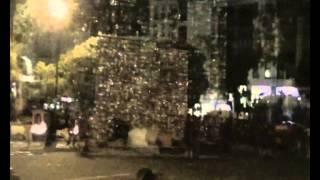 Royal de Luxe - Le petit Géant (Le Mur de Planck)