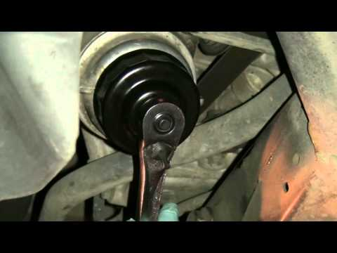 how to change lexus is250 key battery