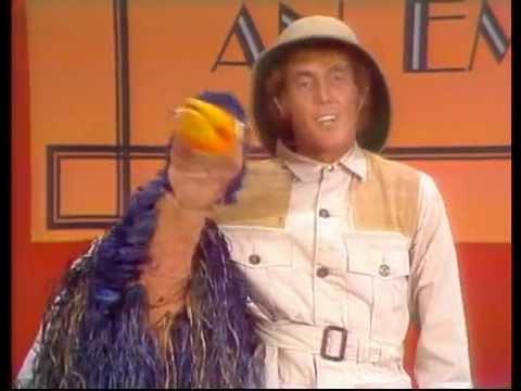 Rod Hull And Emu - How To Groom An Emu