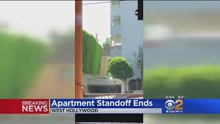 Baixar WeHo Standoff Ensues After Apparent Landlord-Tenant Dispute