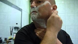 Golenie maszynką na żyletki