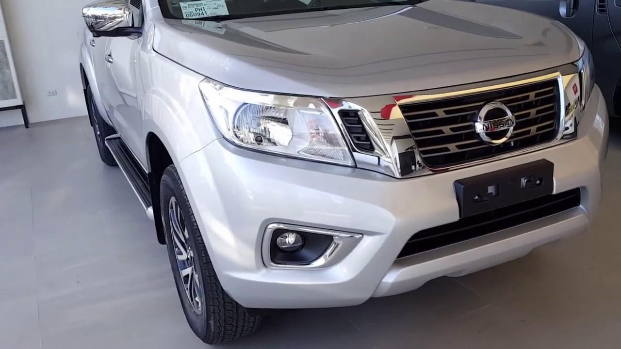 The New 2019 Nissan Navara Calibre 4x2 AT EL | Brilliant Silver
