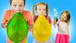 Three kids playing with balls   Дети надувают шарики   Сборник крутяцких серий для детей