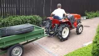 Traktorek japoński z przyczepką.Yanmar F-6 mini ciągnik ogrodowy. www.akant-ogrody.pl