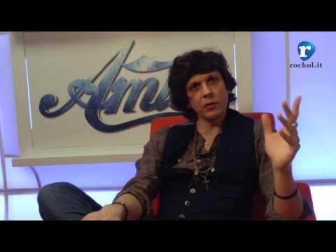 Ermal Meta, da Sanremo ad Amici: la videointervista