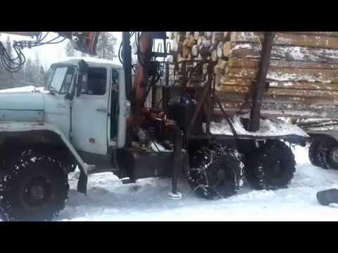 Ханты-Мансийский. Зимник.Вот так надо возить лес. Погрузка леса Манипулятором СФ 65-75.