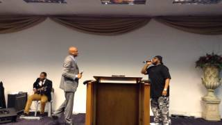 Donnie McClurkin and Marvin Sapp sing-off in Cape Town, So Africa