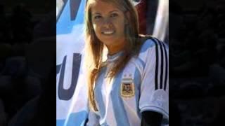 حسناوات الأرجنتين حاضرات في البرازيل لدعم النجم ميسي
