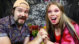 VALENTINES DAY CANDY Taste Test with BOYFRIEND!