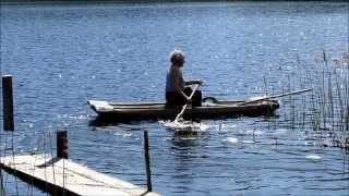 (76) На долблёной лодке наших предков.
