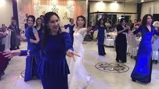 Танец невесты и подружек. Тувинская свадьба
